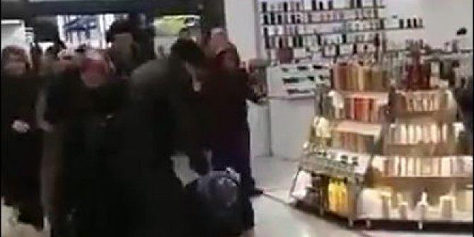 Mağazadaki indirim izdihamı sosyal medyada gündem oldu