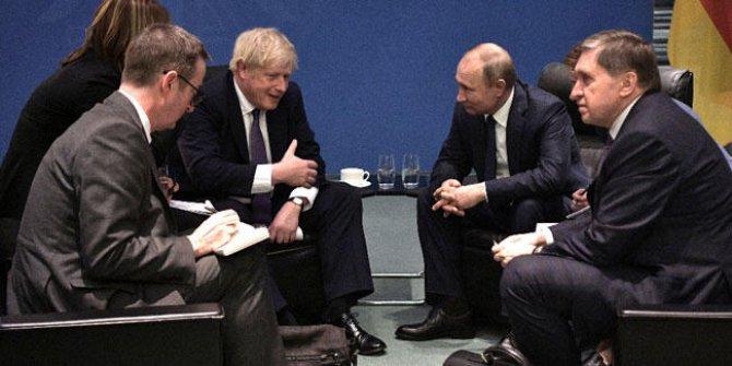 Johnson ve Putin bir araya geldi