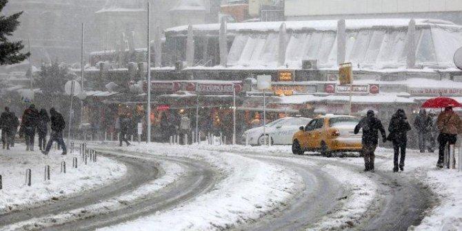 Sistemler uyardı! İstanbul'a kar yağacak mı?