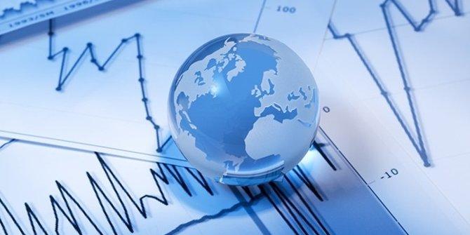 IMF, global büyüme tahminlerini düşürdü