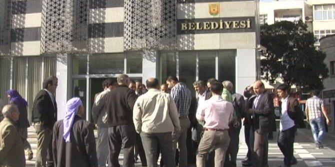 AKP'li belediyeye 220 bin liralık Kur'an ve Elifba seti!