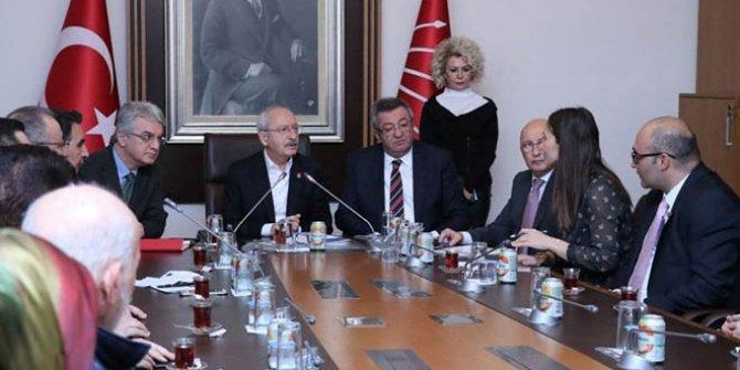 """Kemal Kılıçdaroğlu: """"Müteahhitler batmasın diye dünyanın parasını verdiler"""
