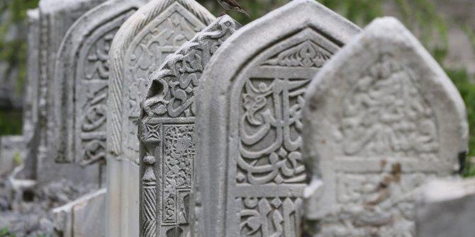 Adaletsizlik mezarlığa da taşınıyor