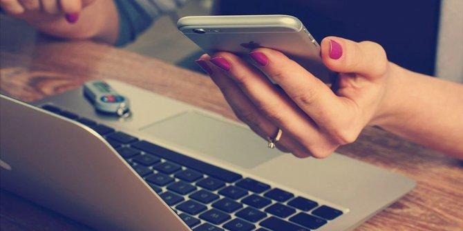 Teknoloji bağımlılığı tüketicileri tutarsız davranışa sevk ediyor