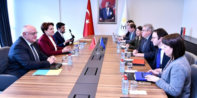AP Türkiye Raportörü'nden Meral Akşener'e ziyaret