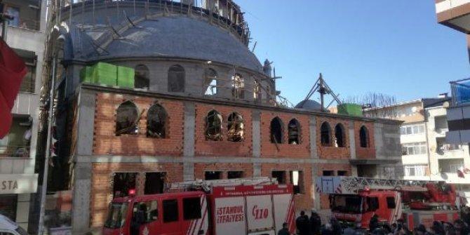 Sultangazi'de cami inşaatında çökme