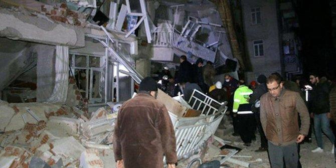 Ege'den depremzedelere yardım