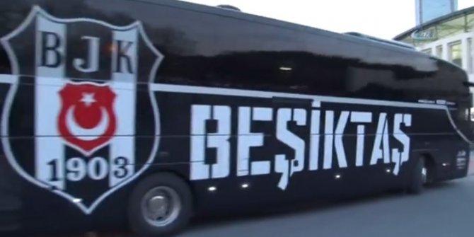 Beşiktaş otobüsüne taşlı saldırı