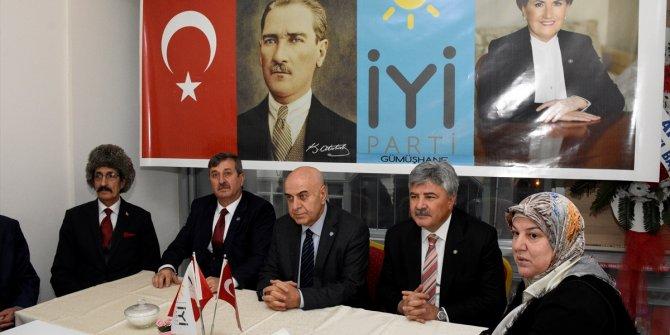 """İYİ Partili Cihan Paçacı: """"Deprem bölgelerindeki tüm binalar elden geçirilsin"""""""
