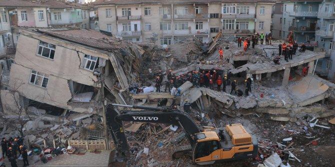 CHP'li Gürsel Tekin: AKP'nin sanki hiçbir şey olmamış gibi davranması insanı çıldırtıyor