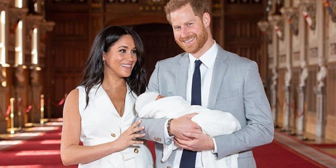 Prens Harry ve Meghan Markle'nin yerlerine geçecek iki isim belli oldu