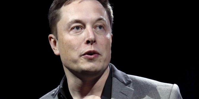 Elon Musk'tan 'Facebook kullanmayın' uyarısı!