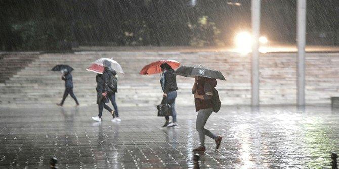 Meteoroloji'den 6 bölgeye sağanak yağış uyarısı