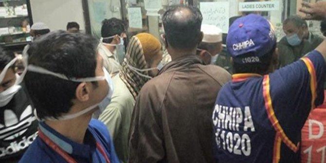 Pakistan'da zehirli gaz şüphesi: 5 ölü
