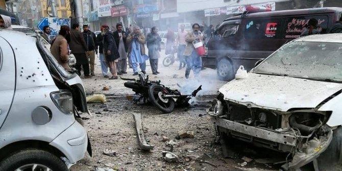 Pakistan'da intihar saldırısı!