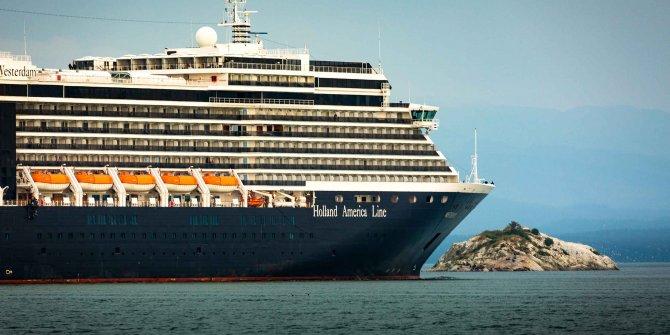 Kamboçya'ya demirleyen gemiden inen yolcuda coronavirüs tespit edildi