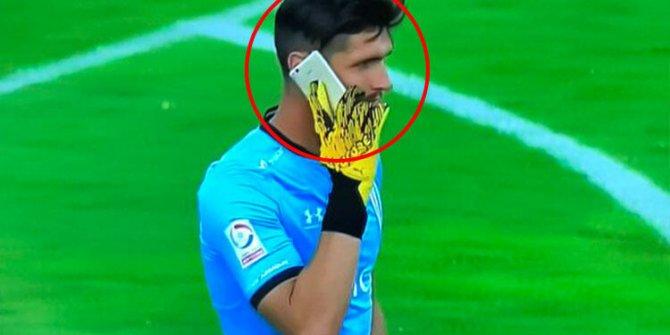 Matias Dituro'dan maç oynanırken telefon şakası