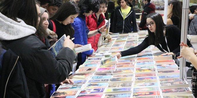 Karadeniz Kitap Fuarı'na yoğun ilgi