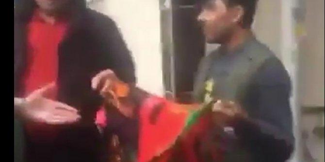 Sosyal medyada tepki çekti: Afgan bayraklı gence tokat atıp kameraya çektiler!