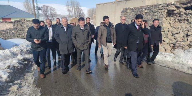 CHP heyeti Van Başkale'de incelemelerde bulundu