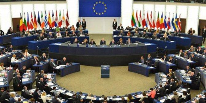 Avrupa Parlamentosu'ndan vize serbestisi açıklaması
