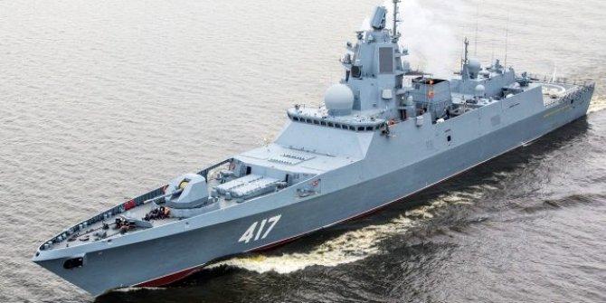 Rusya, Suriye kıyılarına seyir füzesi taşıyan iki savaş gemisi yolluyor