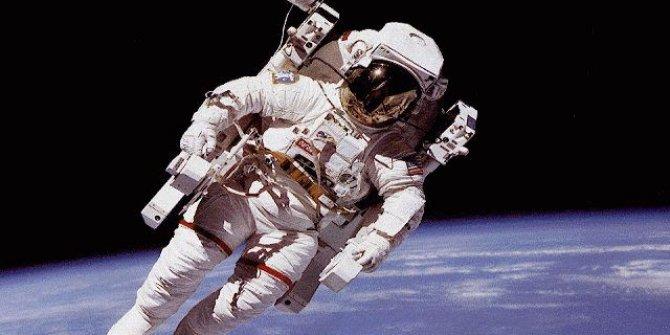 NASA Ay ve Mars misyonları için astronot ilanı verdi