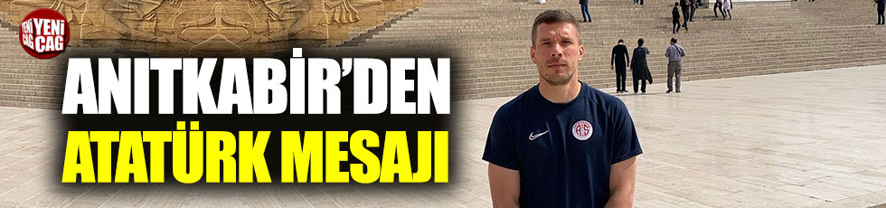 Podolski, Anıtkabir'i ziyaret etti