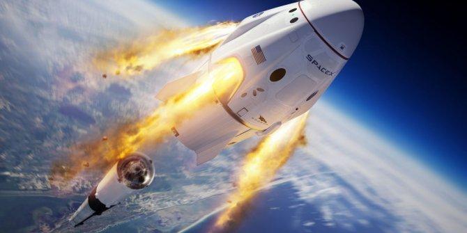 SpaceX, NASA astronotlarını uzaya gönderecek