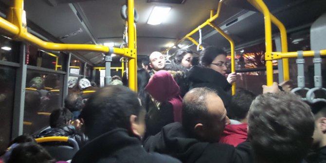 Korona virüs salgınına rağmen otobüsler tıklım tıklım!