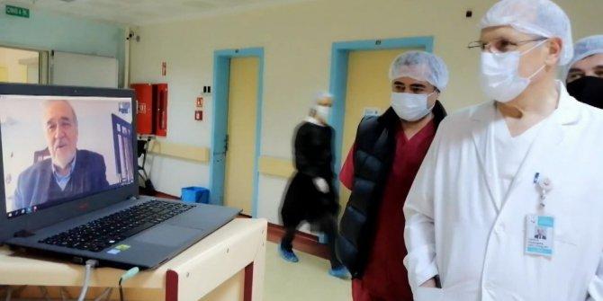 İlber Ortaylı sağlık çalışanlarıyla görüntülü görüştü