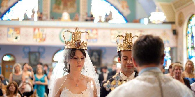 Rusya'da evlilik ve boşanmaların ertelenmesi gündemde