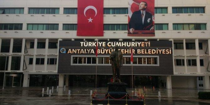 Antalya Büyükşehir Belediyesi'nin de bağış hesabı bloke edildi