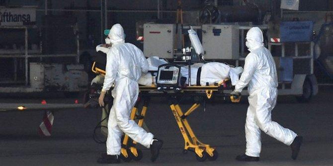 Trump 100 bin can kaybı bekliyordu: 100 bin ceset torbası sipariş ettiler