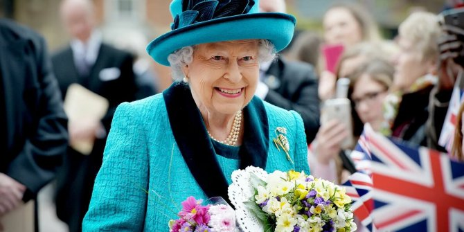 Kraliçe 2.Elizabeth korona virüs nedeniyle tehlikede mi?