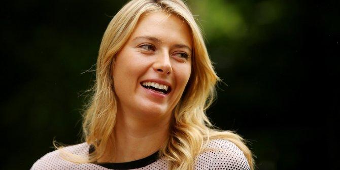 Maria Sharapova, telefon numarasını verdi