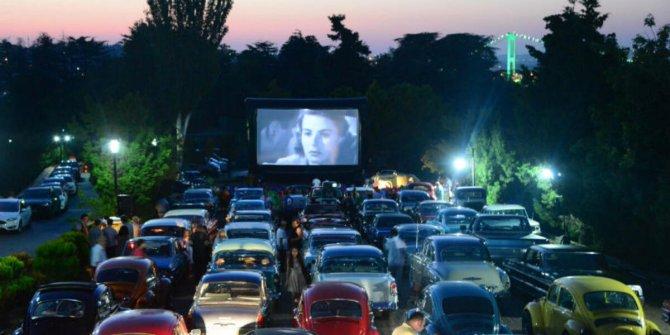 Arabalı açık hava sinemaları geri döndü