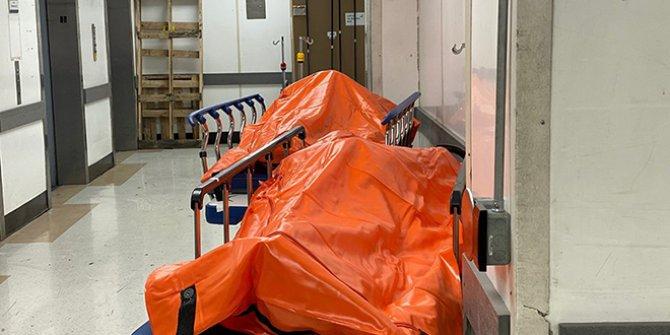 ABD'den korkutan görüntü: Morglarda yer kalmadı, cenazeler koridorda