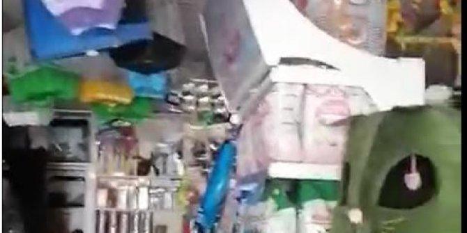 Adana'da elektrikleri kesilen petshop'ta canlılar öldü