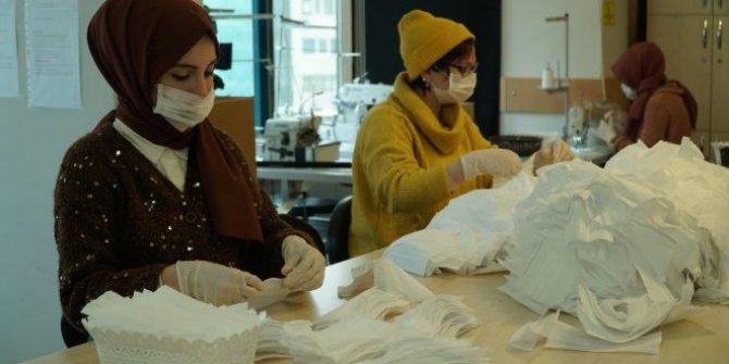 Günde 10 bin maske üretiliyor: İBB, ücretsiz dağıtacak