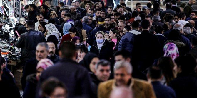Uzmanlardan korona virüs uyarısı: Siyah maske önlemiyor