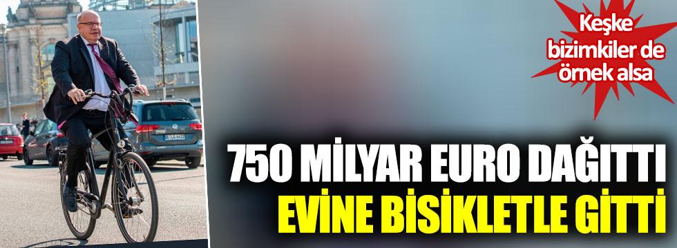 Alman Bakan Altmaier, 750 milyar Euro dağıttı, evine bisikletle gitti