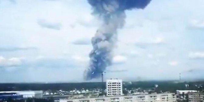 Rusya'da büyükelçilik yakınında patlama!
