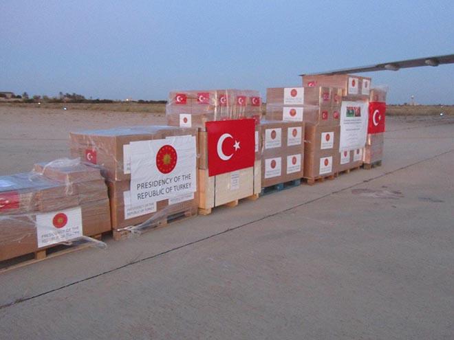 Türkiye'den Libya'ya yardım malzemesi: Üzerine Mevlana'nın sözleri yazıldı
