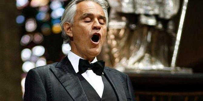 İtalyan tenorAndrea Bocelli'nin konserini 32 milyon kişi seyretti
