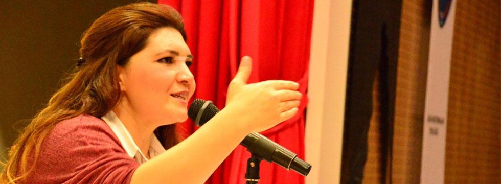 Öcalan'ı, Gülen'i, Agopyan'ı övmekten ne farkı var?!