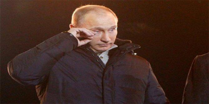 Rusya Devlet Başkanı Vladimir Putin'i 'gözyaşlarına boğan' tablo