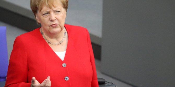 Merkel'den Rusya'ya sert eleştiri! Hedefinde o isim var