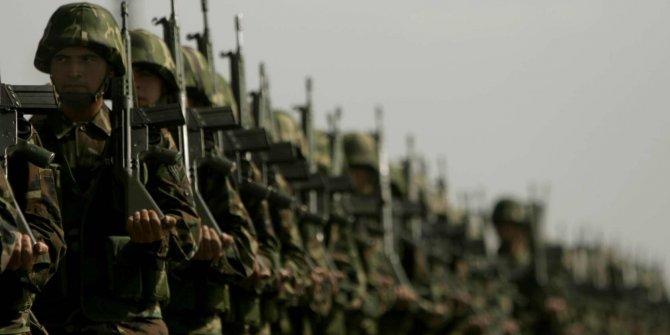 CHP'den bedelli askerlik bekleyenleri sevindirecek teklif