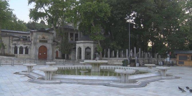 İstanbul'da Bayram Sabahı camiiler boş kaldı